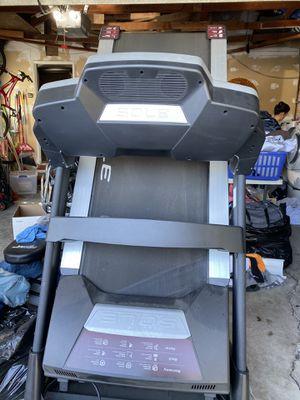 Sole F85 treadmill 4.0 CHP motor for Sale in Whittier, CA