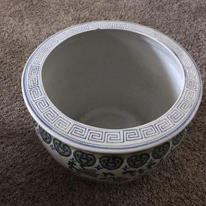 Ceramic Flower Pot for Sale in Wichita, KS