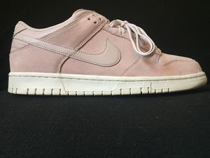 Mens Nike Dunks Sz 10 (Like NEW) for Sale in Atlanta, GA