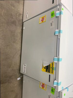 Thomson TFRF710 chest freezer 🔥🔥🔥 2AA for Sale in Ontario, CA