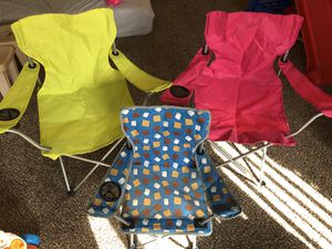 Camping tent and chairs for Sale in New Britain, CT