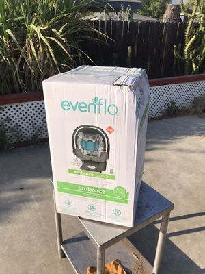 Evenflo embrace infant car seat for Sale in Highland, CA