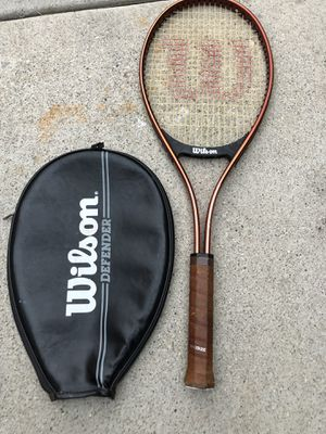 Wilson Defender Midsize tennis racket for Sale in Lawndale, CA