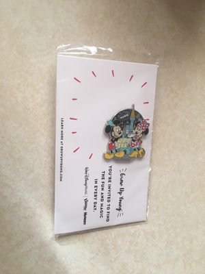 Disney pins 1 for $1.00 or 10 for $5.00........ for Sale in El Paso, TX