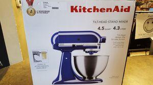 Kitchen Aid 4.5 quart* (Blue) w/ Attch. for Sale in Wenatchee, WA