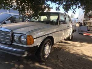 Mercedes 240d for parts for Sale in Sacramento, CA