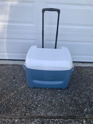 Igloo MaxCold 62Qt Cooler for Sale in Kirkland, WA