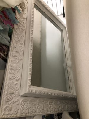 Large wall mirror for Sale in Miami, FL
