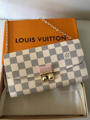 LV Croissette crossbody bag for Sale in Beverly Hills, CA
