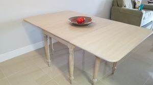 Solid Wood Drop Leaf Dining Table (Kitchen Table, Dining Table) for Sale in Royal Palm Beach, FL