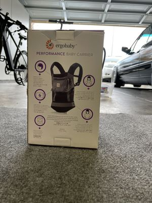 Ergobaby 360 Carrier for Sale in Fremont, CA