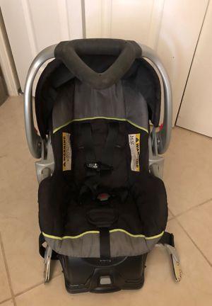Baby car seat , silla de carro para bebé for Sale in Hialeah, FL