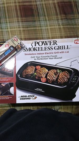 Brand new smokeless BBQ grill & bonus for Sale in Fort Myers, FL