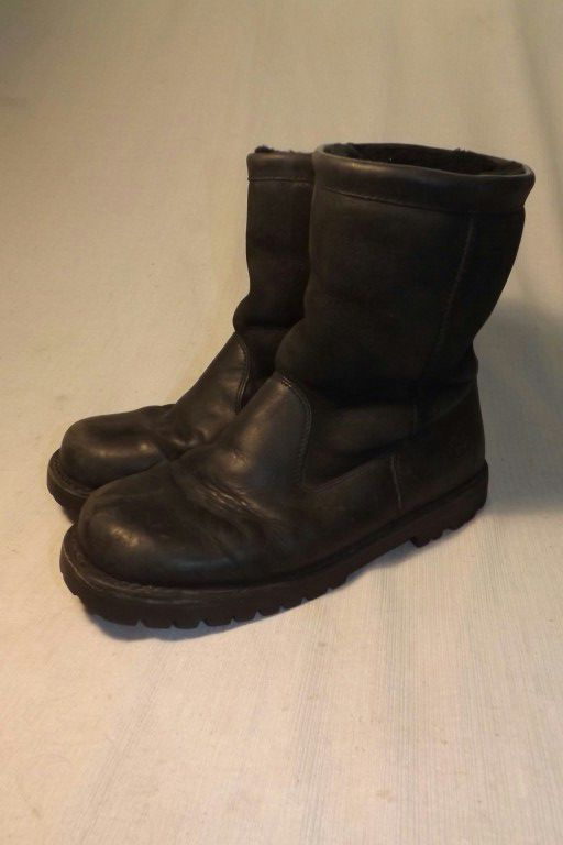 Ugg motorcycle boots size 11