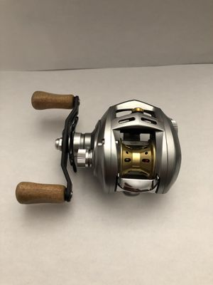 2 Diawa Alphas 103L R-Edition Left-Handed Fishing Reels for Sale in Chandler, AZ