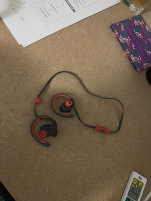 Beats Bluetooth headphones for Sale in Tampa, FL