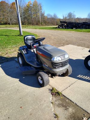 """Craftsman 42"""" 17.5 hp mower for Sale in Waterford, PA"""