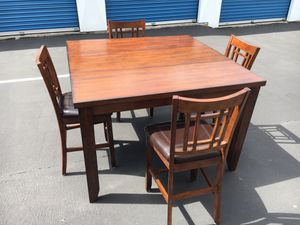 Counter height bourbon colored table for Sale in Port Orchard, WA