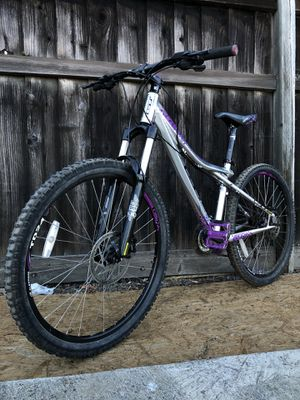 GT Avalanche 1.0 Mountain Bike MTB for Sale in Fremont, CA