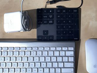 Apple Wireless Keyboard And Magic Mouse (with Extras) for Sale in Seattle,  WA