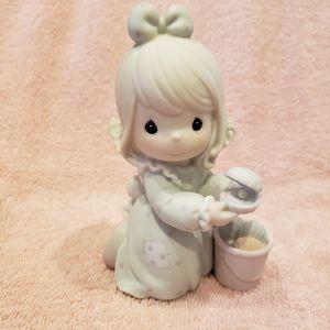 Precious Moments figurine for Sale in Plano, TX