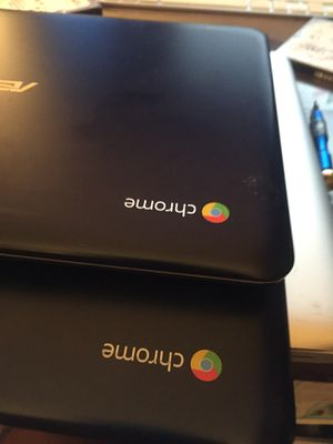 Asus Chromebook Blue for Sale in Highland, CA