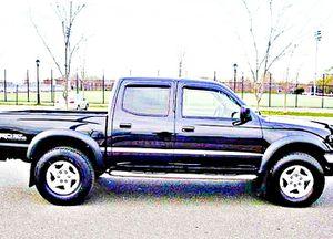 ֆ14OO 4WD Toyota Tacoma 4WD for Sale in Mount Rainier, MD