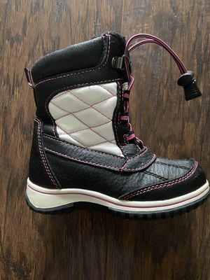 Girl snow boots 3- 4yrs old. for Sale in Littleton, CO