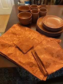 Dish set with mats, service for 4, orange for Sale in Gaithersburg,  MD