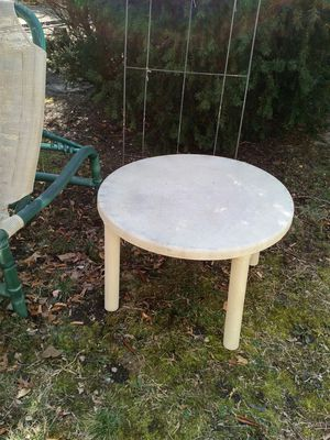 Pvc end table - outdoor furniture for Sale in Wantagh, NY
