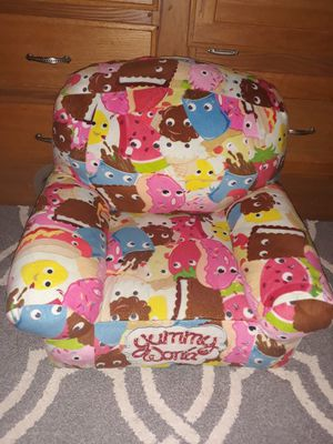 Yummy World toddler chair for Sale in Puyallup, WA