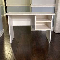Desk for Sale in Boca Raton,  FL