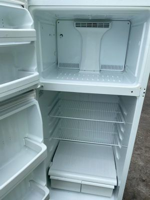 GE refrigerator freezer fridge for Sale in San Diego, CA