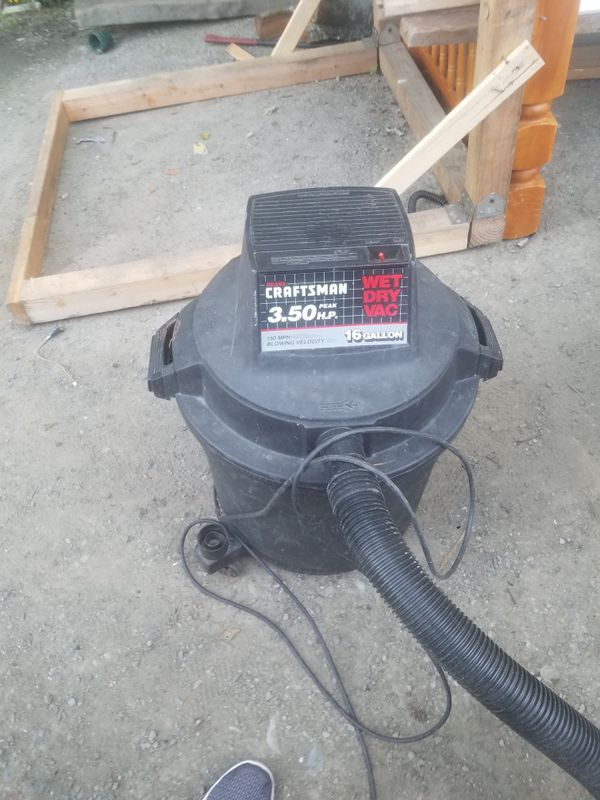 Very large and Powerful craftsman shop vac