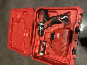 Milwaukee Hammer Drill M12 Drill 2411-22 for Sale in Hialeah, FL