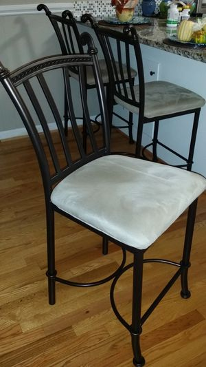 Counter bar stool for Sale in Raleigh, NC