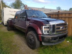 2008 ford f450 runs great need sell only 30k miles on new motor and just under 190k miles on truck for Sale in Renton, WA