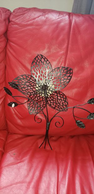 Metal Floweral Wall decor $6 for Sale in Pawtucket, RI