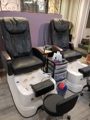 2 pedicure chairs for Sale in Reading, PA