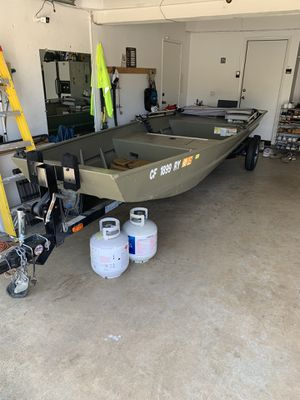 Tracker Jon boat for Sale in Claremont, CA