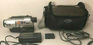 Sony Handycam CCD-TRV108 Hi-8 Analog Camcorder for Sale in Port Arthur, TX