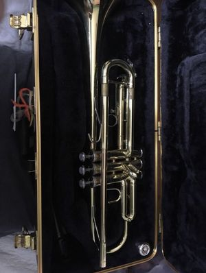 Bach Trumpet Model TR300H2 for Sale in Palos Hills, IL