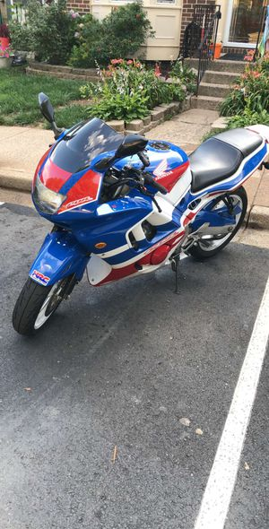 1997 Honda CBR600 F3 As is only 25k Miles COLLECTORS BIKE DO RESEARCH runs and hits 150 if you want it to for Sale in Annandale, VA