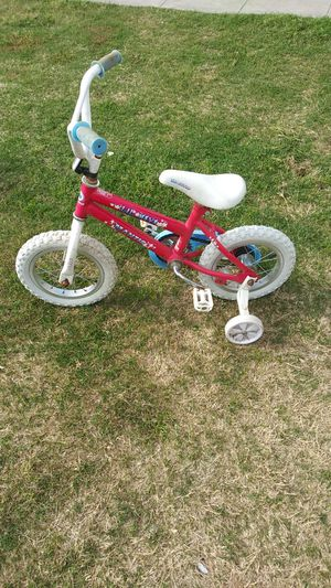 "Girls 12"" bike for Sale in Sanger, CA"