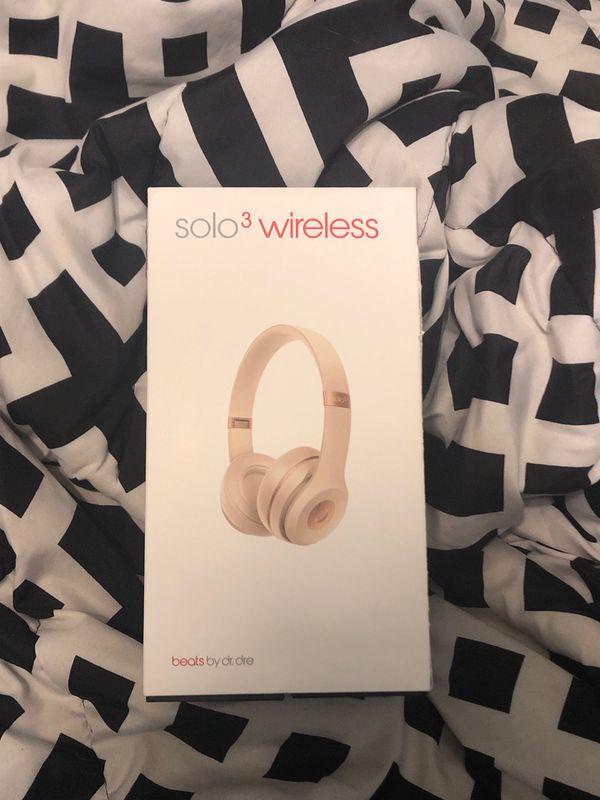 Beats Solo 3 Wireless- Matte Gold