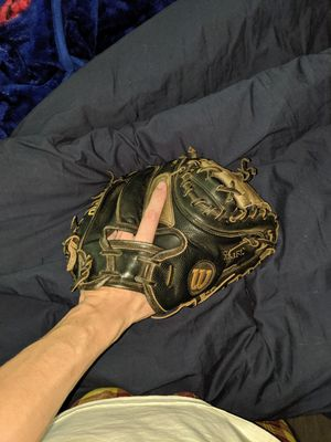 Wilson A200 Catchers Glove for Sale in Las Vegas, NV