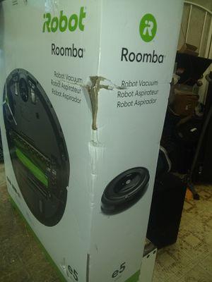 Roomba. E5. Robot vacuum e5150 for Sale in Hesperia, CA