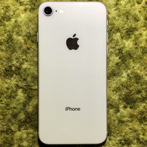 iPhone 8 | Silver | 64GB | A1905 | Factory Unlocked for Sale in Anaheim, CA