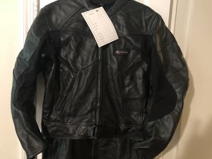 1PC BLACK GENUINE LEATHER MOTORBIKE RIDING RACING SUIT for Sale in Catonsville, MD