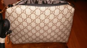 Gucci hand bag never used. for Sale in Phoenix, AZ